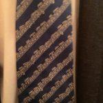 音符模様のネクタイ