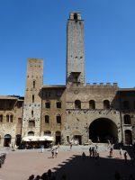 サン・ジミニャーノの塔